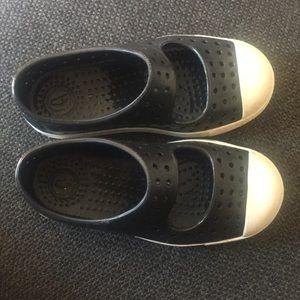 Kids size 10 NATIVE shoes